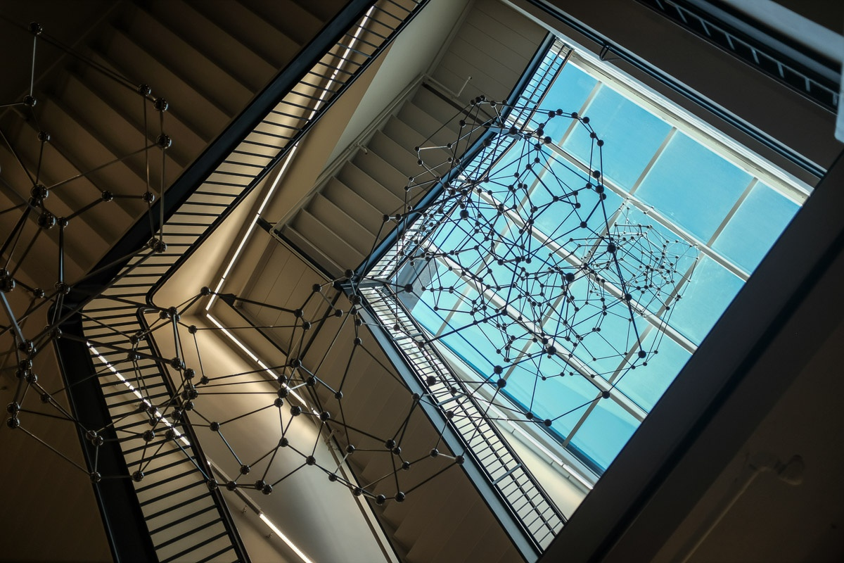 Molecular and Linera (Antony Gormley's Chord)